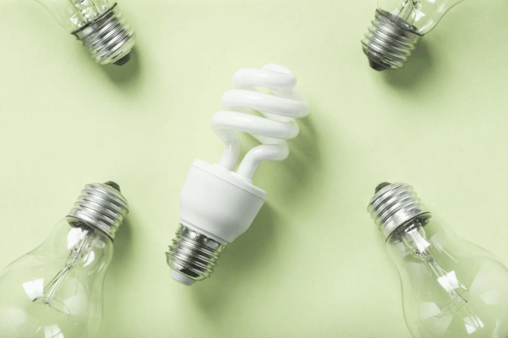 remplacez vos vieilles ampoules par des nouvelles ampoules plus efficaces pour réduire votre facture d'électricité