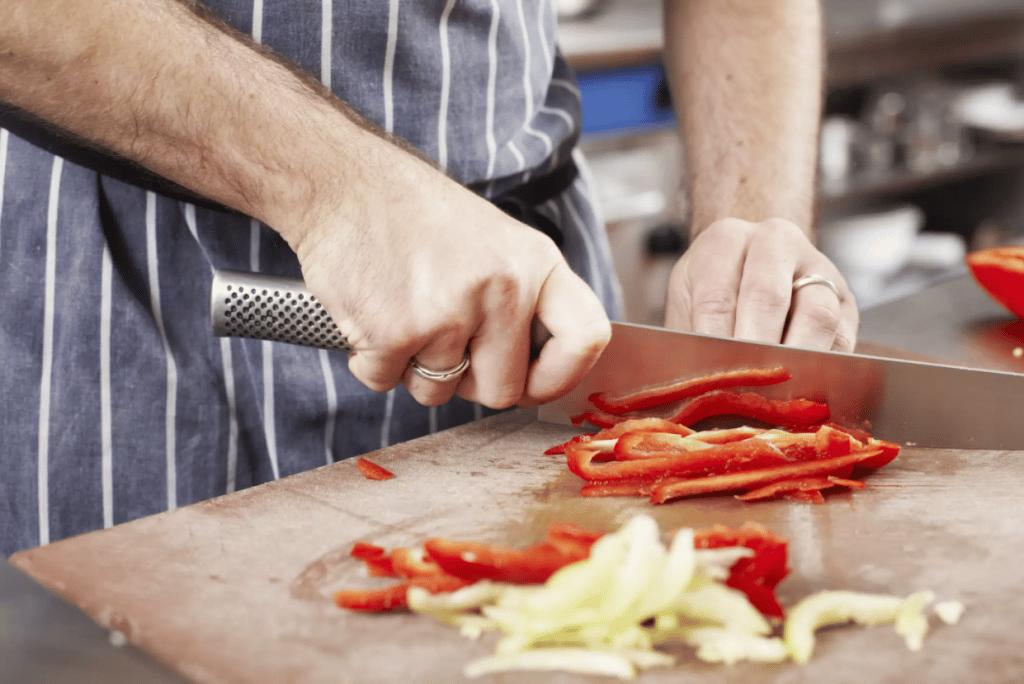 utiliser correctement un couteau de chef